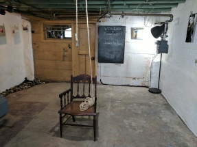 Willing Chair - Front